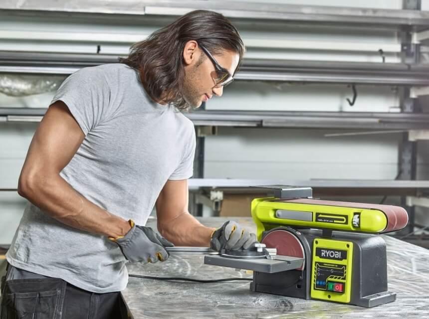 5 Band- und Tellerschleifer Test - Renovierungsarbeiten Müssen Nicht Unbedingt Teuer Sein