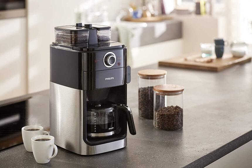 10 Kaffeemaschinen mit Mahlwerk Test – Frische Zubereitung für intensives Aroma