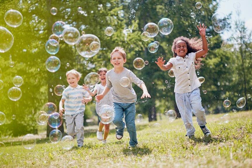 7 Seifenblasenmaschinen Test – auf jeder Feier ein besonderes Highlight